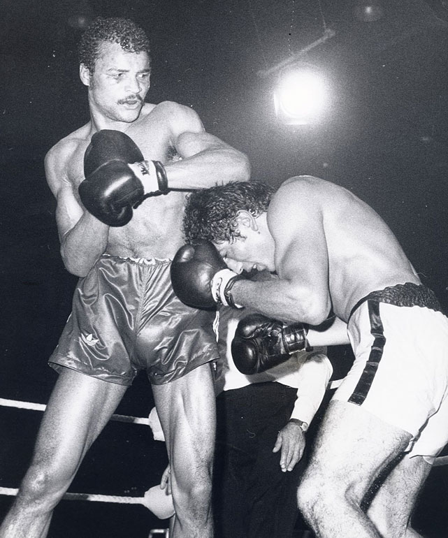 The Liverpudlian outpointed Jorge Ahamuda for the WBC light heavyweight title in 1974 before defending it three times. Stripped of the title due to a hand injury, he came up short in three subsequent attempts to regain it.