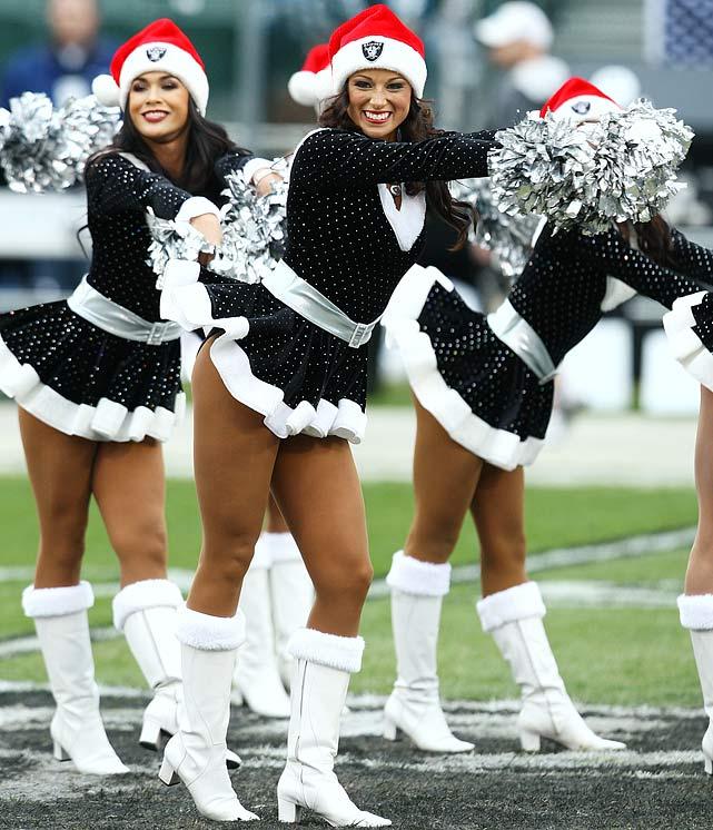 Nfl cheerleaders 2013 uniforms