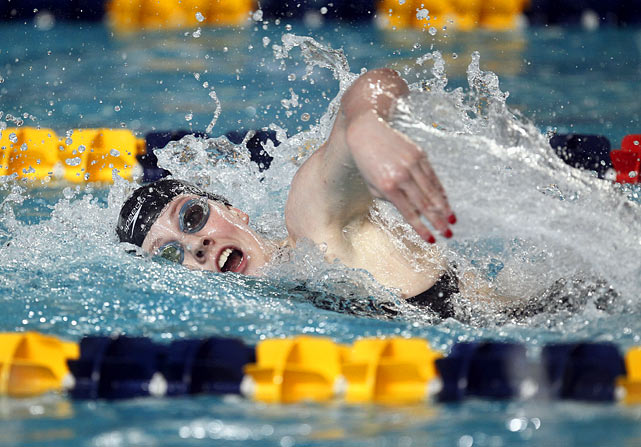 The 16-year-old won USA Swimming's female athlete of the year award on the heels of collecting five medals at the world championships and setting a short-court world record in the 200 backstroke at a World Cup meet in Berlin. ''She does it all,'' Michael Phelps said of Franklin, who could be one of the big stars in London.