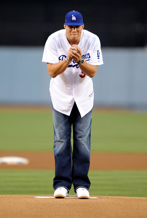 Griffin channels his inner Clayton Kershaw.