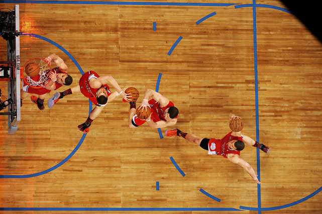 An overhead view of one of Griffin's dunks during the 2011 All-Star Slam Dunk contest.