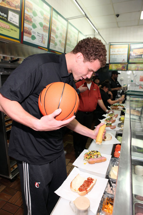 Griffin makes Subway 6-inch Cold Cut Combo and Meatball Marinara sandwiches like a champ. Apparently he was a frequent customer of this L.A. Subway restaurant during the lockout.