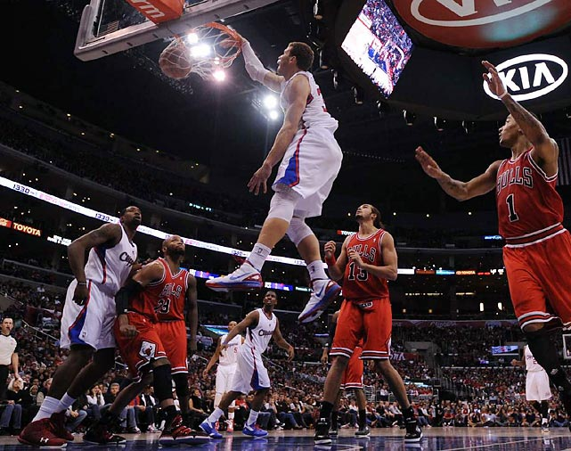Blake Griffin throws down on the Chicago Bulls at the Staples Center. He scored a game-high 34 points in the 114-101 loss.