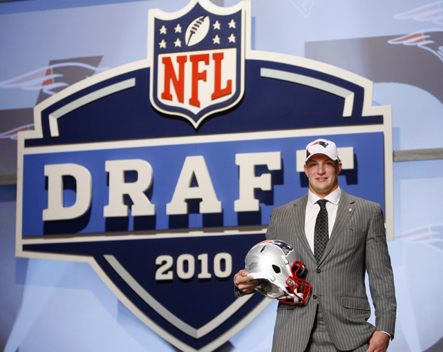 The Patriots were thin at tight end entering the 2010 Draft and reportedly were close to swapping a second-round pick (No. 44 overall) for Bears tight end Greg Olsen. On draft day, however, Bill Belichick reversed course and traded two spots up to snag Gronkowski.