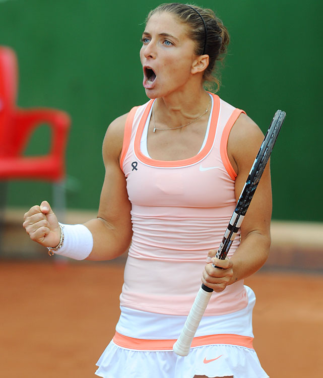def. Elena Vesnina 7-5, 6-4 WTA International, Clay (Outdoors), $220,000 Budapest, Hungary