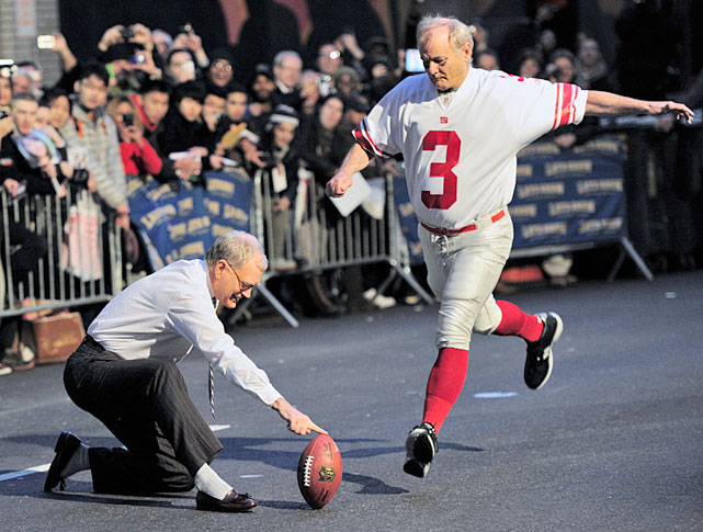 Murray does his best Lawrence Tynes impersonation while attempting a field goal with Late Show host David Letterman.