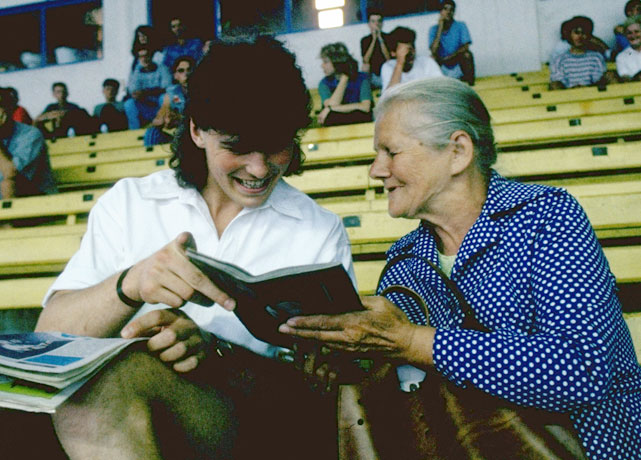 Jagr talks with a fan (and rocks a sweet mullet) at a stadium in the Czech Republic in the summer of 1992.