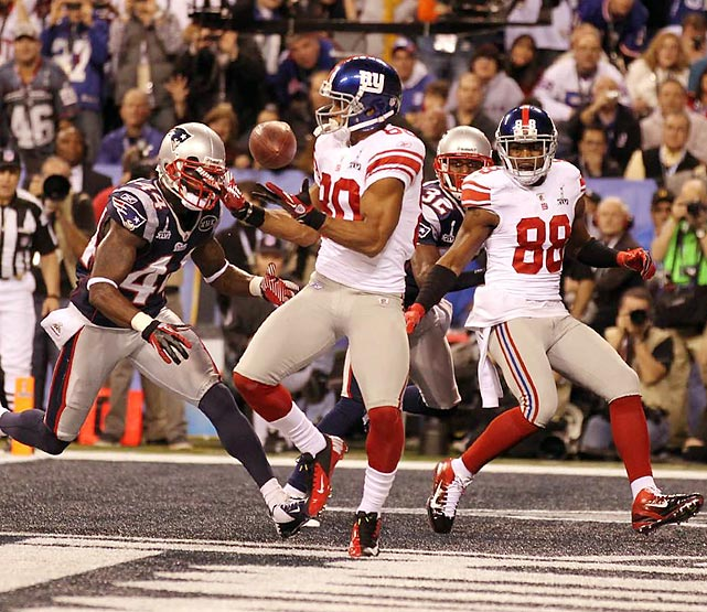 Victor Cruz caught this pass from Manning to stake the Giants to a 9-3 lead.