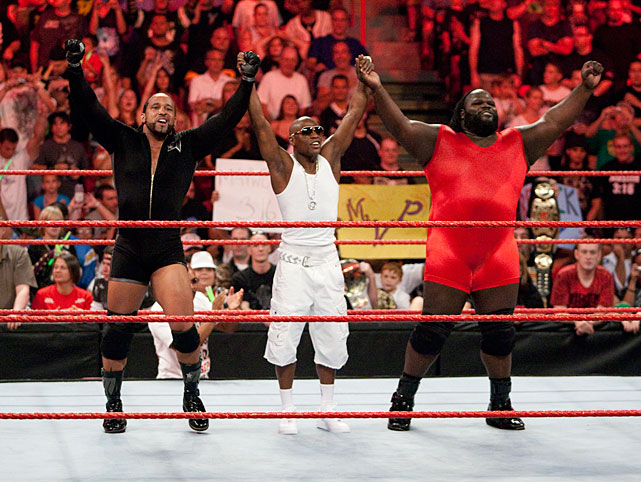 Mayweather entered the other four-sided ring in Feb. 2008, getting into a altercation with The Big Show and breaking his nose. The two faced off at WrestleMania XXIV Mayweather winning due to the assistance of brass knuckles.