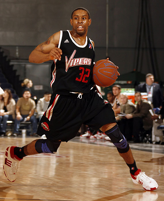 Derrick Rose's former backup averaged 26.3 points and 5.8 assists in 16 games with the Rio Grande Valley Vipers in 2007-08.