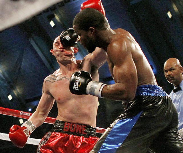 Lavarn Harvell knocks out Tony Pietrantonio during the third round of their light heavyweight bout in Atlantic City, N.J., Saturday.