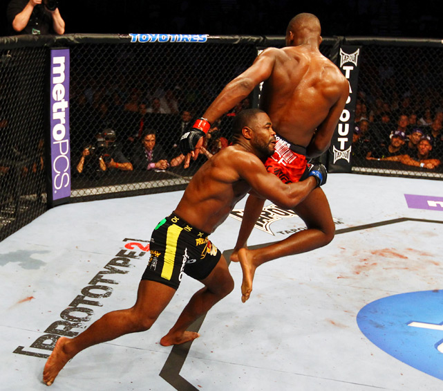 While Jones won the fight, Evans held his own and took advantage of opportunities when they presented themselves.
