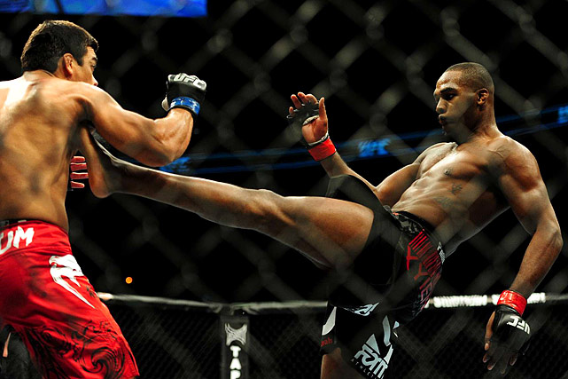 Jones chokes out Machida to cap an incredible 2011 with a second successful title defense.