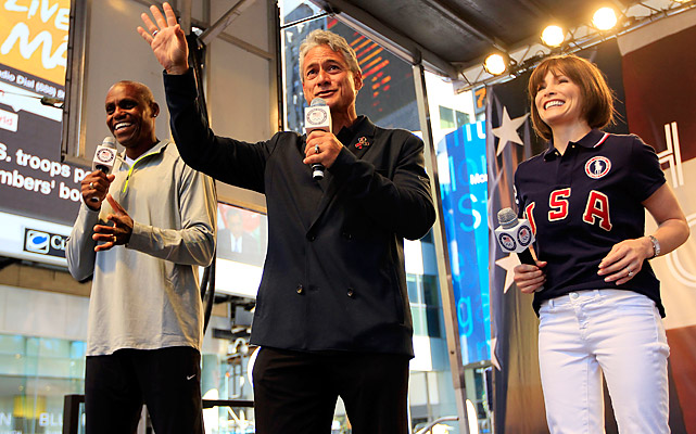 Legendary Olympic gold medalists Carl Lewis, Greg Louganis and Shannon Miller address the crowd in Times Square.