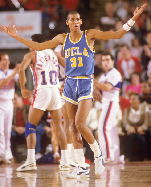 724f2c89a1b4b Reggie Miller will be inducted into the Basketball Hall of Fame on Sept. 7.