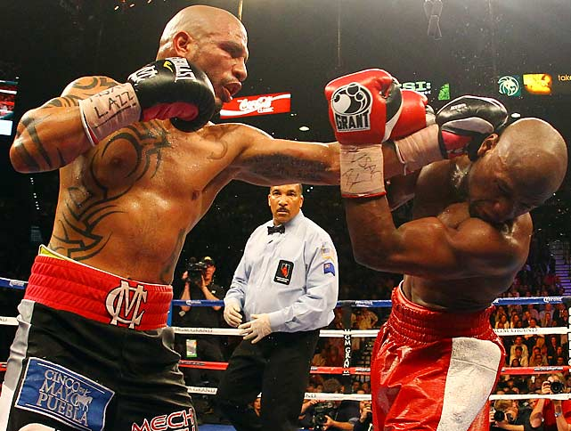 Cotto pressed the action in several rounds.