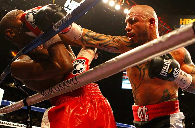Two judges scored it 117-111 and the third 118-110 in favor of Mayweather.