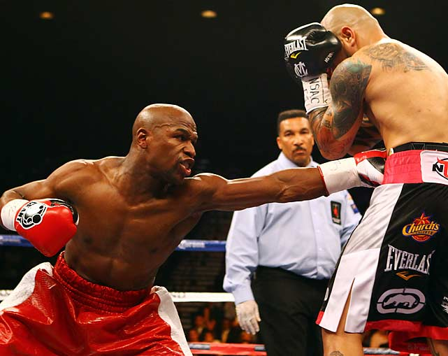 Mayweather improved to 43-0 with the win. Cotto is now 37-3.