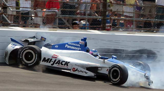 Takuma Sato slid into the wall on the final lap and lost his chance for victory.