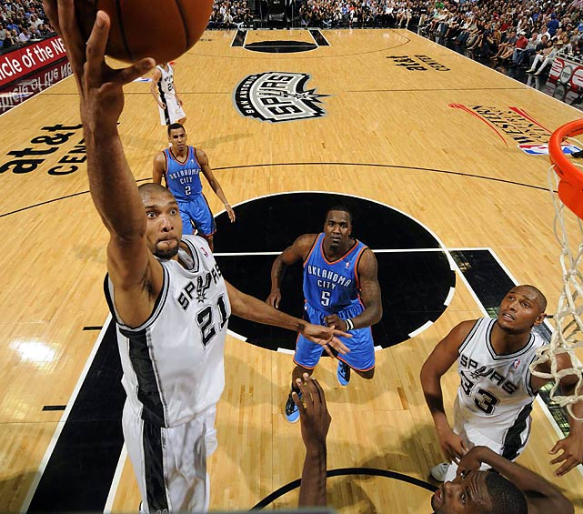 San Antonio Spurs' Tim Duncan keeps his eye on the hoop during Game 1 of the Western Conference Finals against the Oklahoma City Thunder.