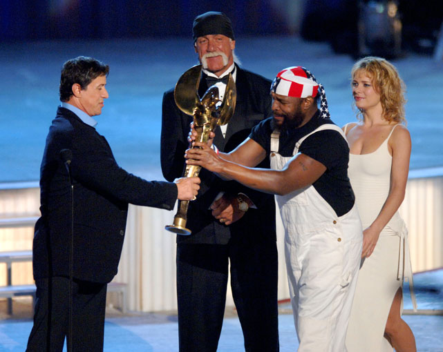 Sylvester Stallone is honored by Mr. T and Hulk Hogan at the 2005 World Stunt Awards.