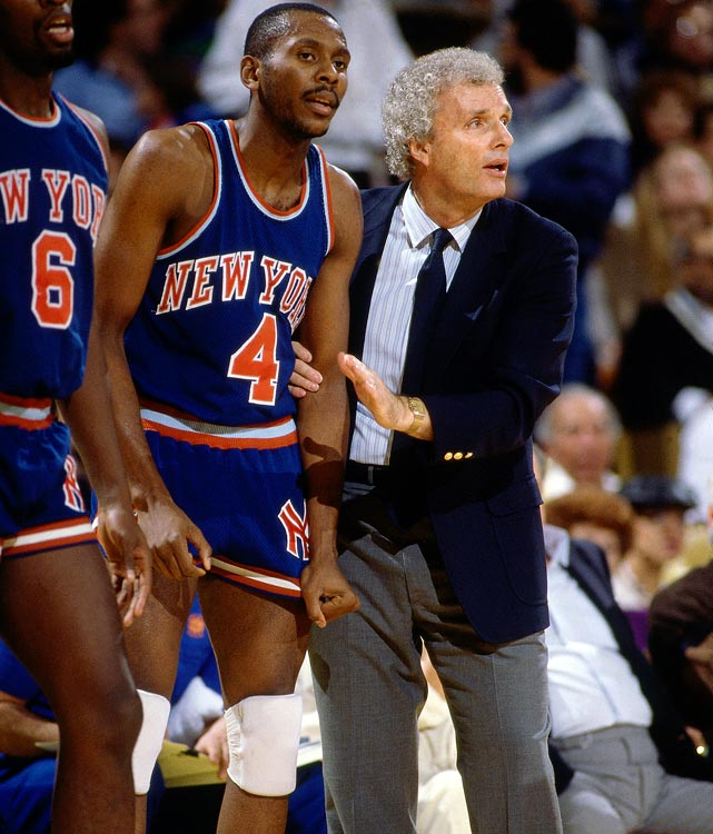 Brown looks on from the Knicks sideline during a game against the Lakers at the Forum in 1985.