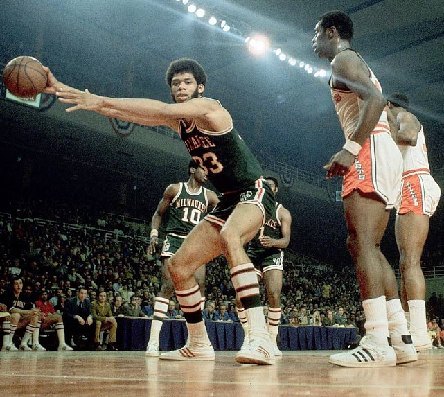Kareem Abdul-Jabbar and Oscar Robertson teamed to bring the franchise its only title. The Bucks averaged an NBA-high 118.4 points per game that season, when they went 66-16 and had winning streaks of 10, 16 and 20 games.