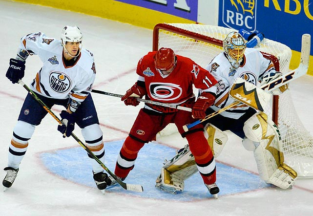 Riding the hot goaltending of Dwayne Roloson, who was acquired from Minnesota for a first- and a second-round draft pick at the March trade deadline, the eighth-seeded Oilers (41-28-13) upset the top-seeded Red Wings in six games, the Sharks (5) in six, and the Ducks (6) in five. In the final against Carolina, the East's second seed, the Oilers put up a mighty fight, extending the series to seven games after Roloson was injured in Game One and replaced by Jussi Markkanen the rest of the way. Of note: both teams had missed the playoffs the previous season (2003-04; the 2004-05 season was cancelled due to the lockout) and they failed to qualify in 2006-07.