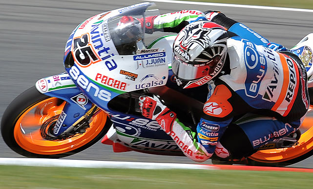 Avintia FTR-Honda's Maverick Vinales leans into his turn during the Moto3 race of the Catalunya Moto GP Grand Prix. Vinales won the race ahead of Red Bull KTM Ajo's German Sandro Cortese and Estrella Galicia's Portuguese Miguel Oliveira.