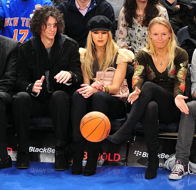 The King of All Media's spouse used her impressive telekinetic powers to levitate a common orange object while the Cleveland Cavaliers did battle with the Knicks at New York's famed Madison Square Garden.