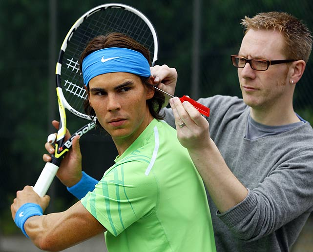 Feeling screwed up, the ten-time Grand Slam winner had his head fine-tuned by Roger Mackay of Madame Tussauds maintenance team in London.