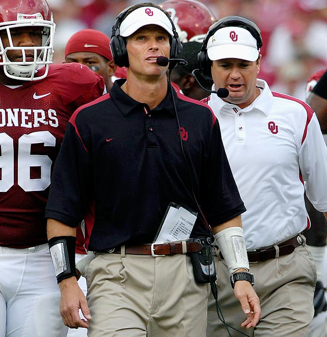 An assistant on Bob Stoops' staff in Oklahoma since 1999, including the last eight years as defensive coordinator, Venables was hired by Dabo Swinney to breathe new life into Clemson's D. The Tigers ended last season ranked 71st or worse in six major defensive statistical categories, including 81st in scoring D. Venables has coached 11 different defenses that ranked in the top 20 nationally.