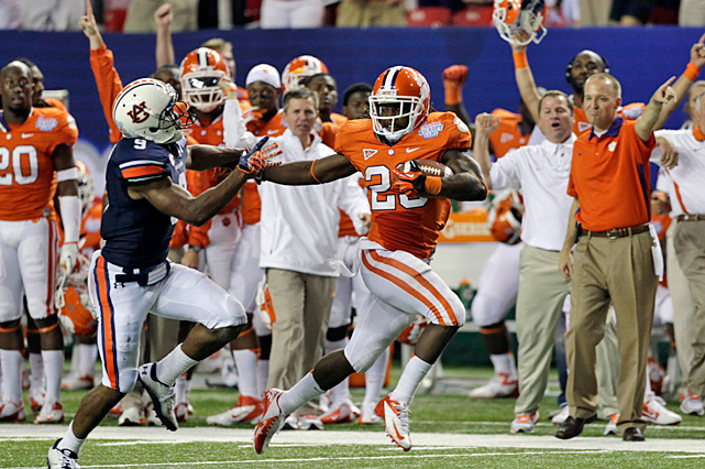 Sammy who? Andre Ellington and DeAndre Hopkins made sure Clemson didn't miss its star receiver. With Sammy Watkins back home serving a two-game suspension for a drug arrest, the No. 14 Tigers still showed plenty of offense. Ellington rushed for 231 yards, while Hopkins set a school record with 13 receptions, including the game-winning touchdown in the fourth quarter for a win over Auburn.