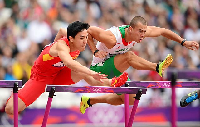 For the second straight Olympics Chinese star Liu Xiang, nursing a bad Achilles, didn't complete his opening heat, clobbering the first hurdle and  tumbling to the track.