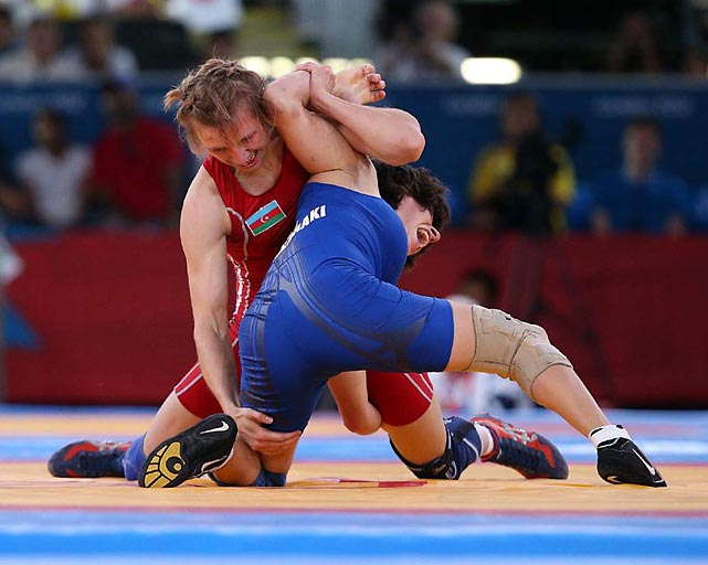The women's freestyle wrestling competition continued on Day 13, opening with 55kg and 75kg matches.