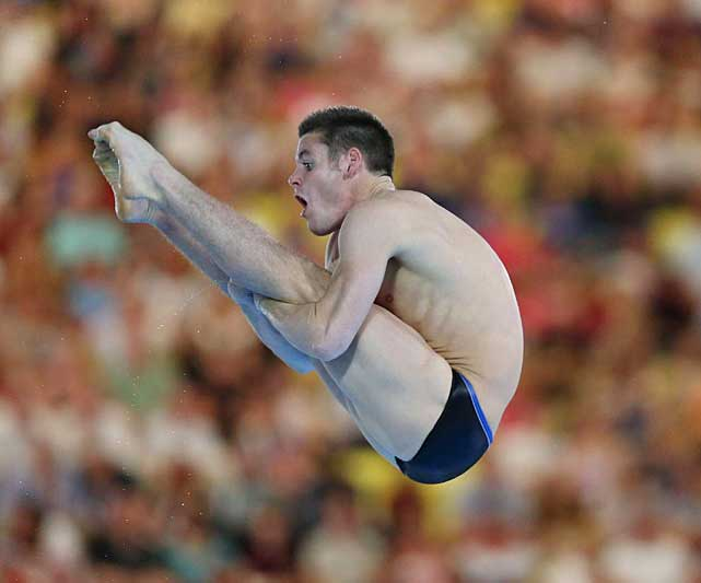 David Boudia of the U.S. scored 568.65 points in the six-dive final to narrowly beat Qiu Bo of China (566.85) for the gold medal. The victory was the first by an American man since the late Mark Lenzi won the 3-meter springboard at the 1992 Barcelona Games.