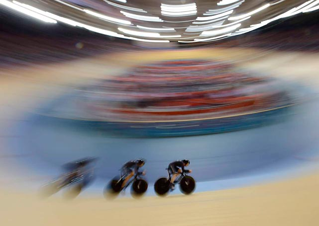 New Zealand's women's pursuit team raced to victory over Belarus in its first-round matchup. In the finals Great Britain won the gold medal and New Zealand finished fifth.