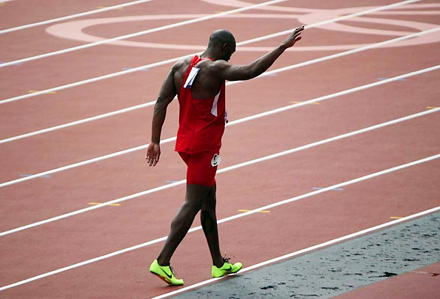 Nursing an injured hamstring, defending 400-meter champion LaShawn Merritt of the U.S. pulled up less than halfway through his heat, leaving the 400 without a clear favorite.