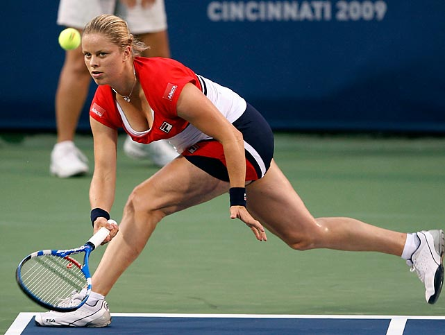 After missing all of 2008, Clijsters stormed back onto the professional tennis scene in 2009. In Cincinnati, her first tournament back, she made it to the quarterfinals before losing to No. 1 Dinara Safina.