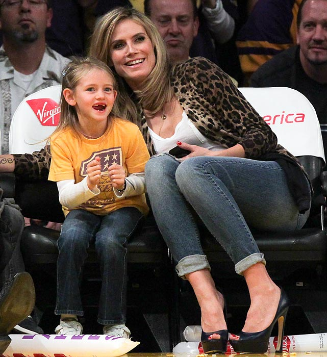 Heidi Klum and her daughter Leni Samuel watching the New Orleans Hornets and Los Angeles Lakers at Staples Center.