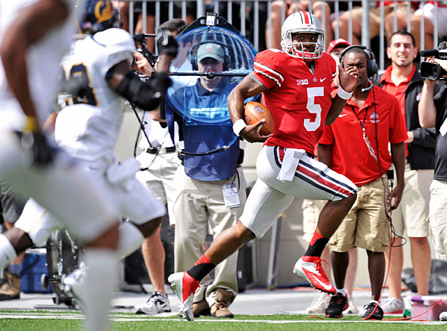 It was much tighter than expected, but for the third consecutive week, quarterback Braxton Miller (pictured) led the Buckeyes to victory. Miller accounted for 336 yards (249 passing, 75 rushing) and five touchdowns, wide receiver Devin Smith registered 145 receiving yards and two scores and Ohio State edged Cal, 35-28. Bears sophomore Brendan Bigelow played valiantly in defeat. He carried the ball four times for 160 yards and two touchdowns.