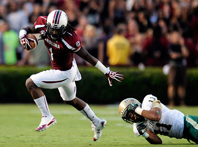 Quarterback Connor Shaw was forced to leave the game with a shoulder injury, but for the second straight week, South Carolina rolled in his absence. Backup Dylan Thompson threw for 211 yards and two touchdowns, Marcus Lattimore rushed for 85 yards and a score and wideout Ace Sanders (pictured) tallied 55 receiving yards and a touchdown as the Gamecocks' bettered their record to 3-0.