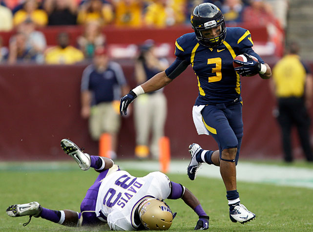 West Virginia continued its early-season roll against James Madison, torching the Dukes en route to a 42-12 win. Geno Smith completed 34-of-49 passes for 411 yards and five touchdowns, and two Mountaineer wideouts surpassed the 100-yard mark on the day. Stedman Bailey (pictured) made 13 catches for 173 yards and three scores, while Tavon Austins made 11 grabs for 113 yards and one touchdown.