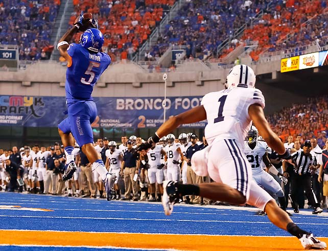 For the second time this season, Boise State failed to score on offense. Unlike in their opening-week loss to Michigan State, however, the Broncos pulled out a victory in this one thanks to an outstanding defensive effort. Boise forced five BYU turnovers, including a pick-six from defensive tackle Mike Atkinson and an interception from defensive back Jamar Taylor (pictured). BYU managed just 61 passing yards.
