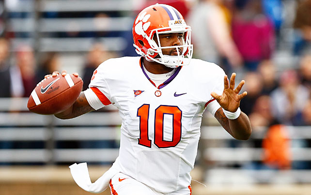 Clemson's defense surrendered another four touchdowns, but the Tigers' offense overwhelmed Boston College en route to a 45-31 win. Quarterback Tajh Boyd (pictured) completed 28-of-39 passes for 340 yards and three touchdowns, while wideout DeAndre Hopkins made 11 grabs for 198 yards and score. Andre Ellington ran for 135 yards and a touchdown, his fourth consecutive game with a rushing touchdown.