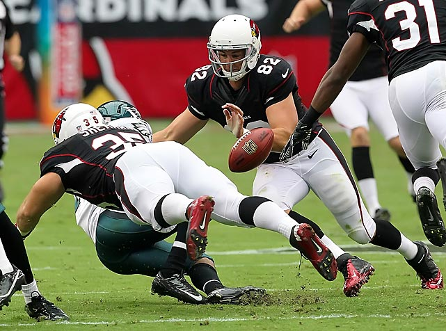 Arizona's Anthony Sherman (35) forces a fumble on a punt return during the Cardinals' victory over the Eagles.