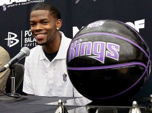 Brooks spent the entire 2011-12 season in the Chinese Basketball Association, and he'll make his return to the NBA this season with the Kings. It'll be an adjustment for Brooks moving from the international game back to the NBA, and he won't have much room for error; the Kings are loaded at guard with Isaiah Thomas, Tyreke Evans, Marcus Thornton and Jimmer Fredette also on the roster. The battle between that group will be one to watch.