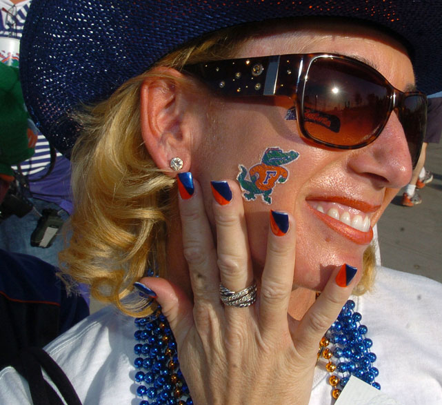A Gators fan shows off her manicure prior to the 207 BCS National Championship Game between Ohio State and Florida.