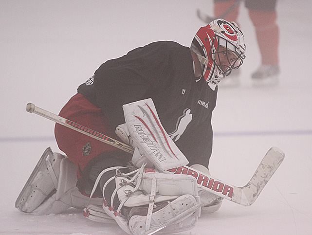 The 33-year-old netminder, who has played for seven teams during his 12-season NHL career, was with the Flyers during their run to the 2010 Stanley Cup Final.