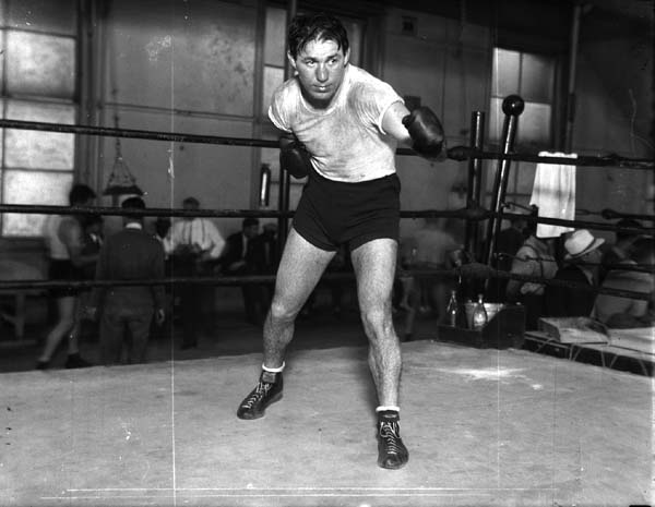 Born Danny Auerbach, Krieger claimed the National Boxing Association Middleweight crown with a majority decision win over Al Hostak in 1938.  Krieger also had a huge rivalry with the great Billy Conn, dropping Conn en route to a decision win in their first of three bouts.